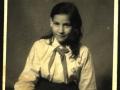 08_irena-mikova-als-schulkind-1950er-jahre